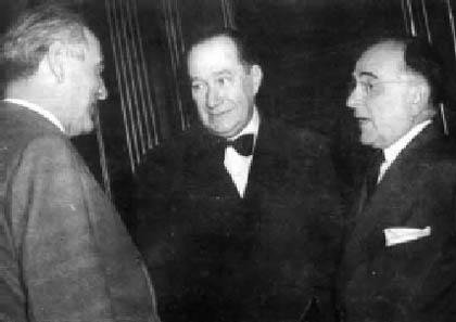 Oswaldo Aranha (esquerda) e Getúlio Vargas (direita) durante o Estado Novo (1944).